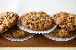 spicy oatmeal raisin cookie
