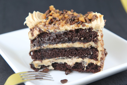 PEANUT BUTTER CUP OVERLOAD CAKE